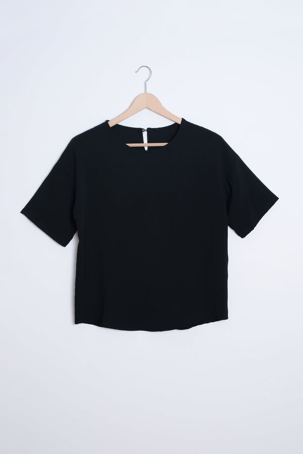 Camisa botón lagrima