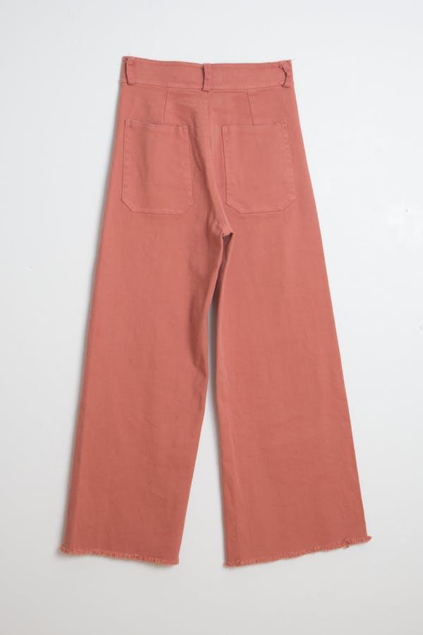 Pantalón teja bajo deshilachado