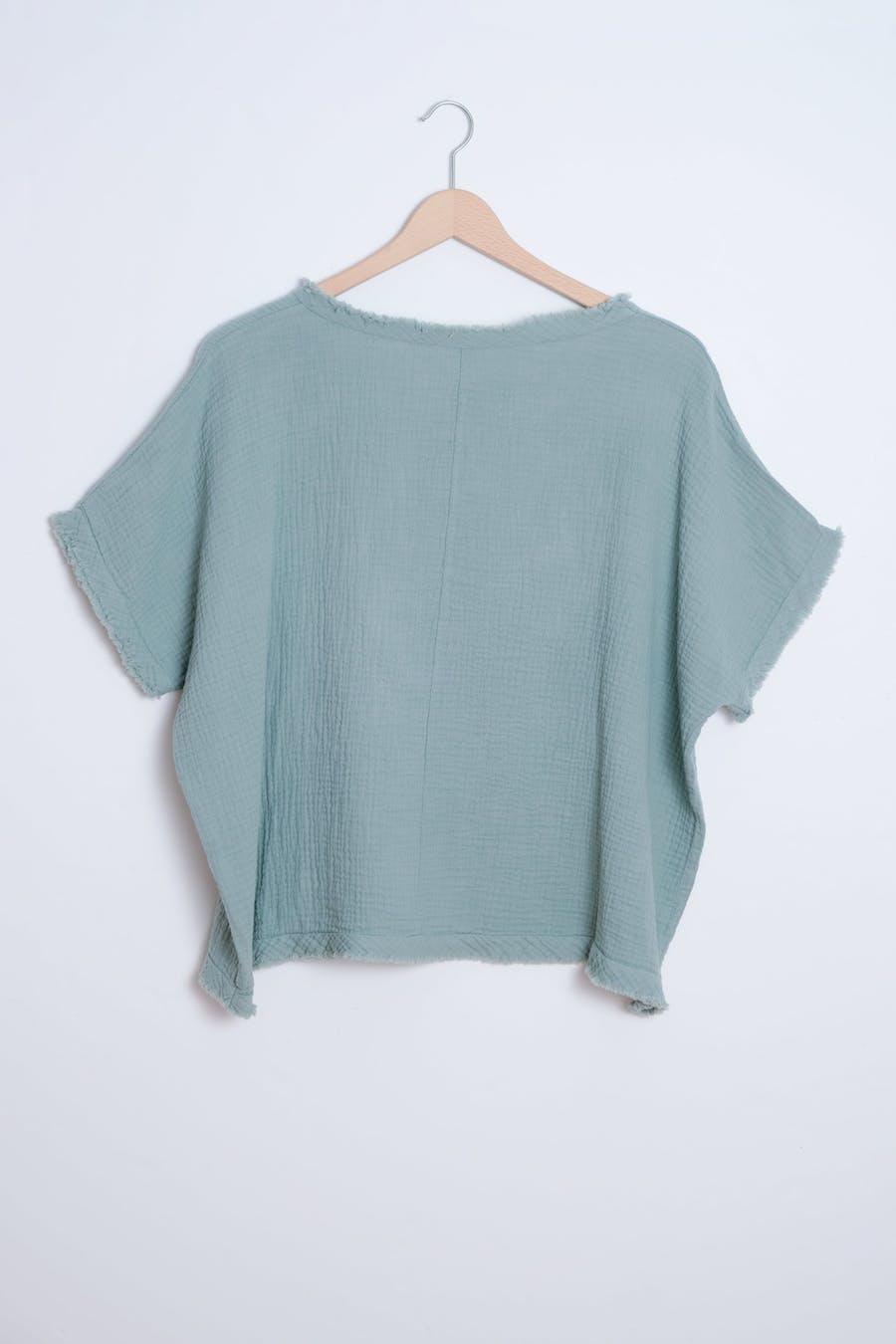 Camiseta costuras verde