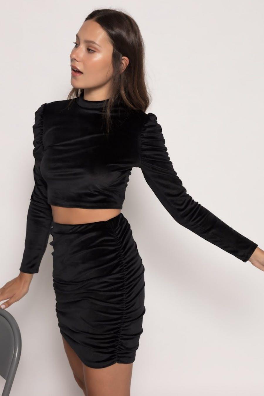 Camiseta Cassual cropped textura Negro