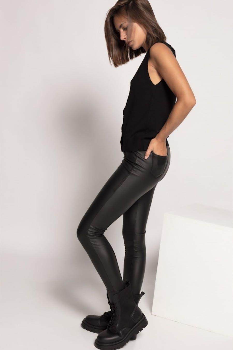Leggings Cassual efecto piel bolsillos