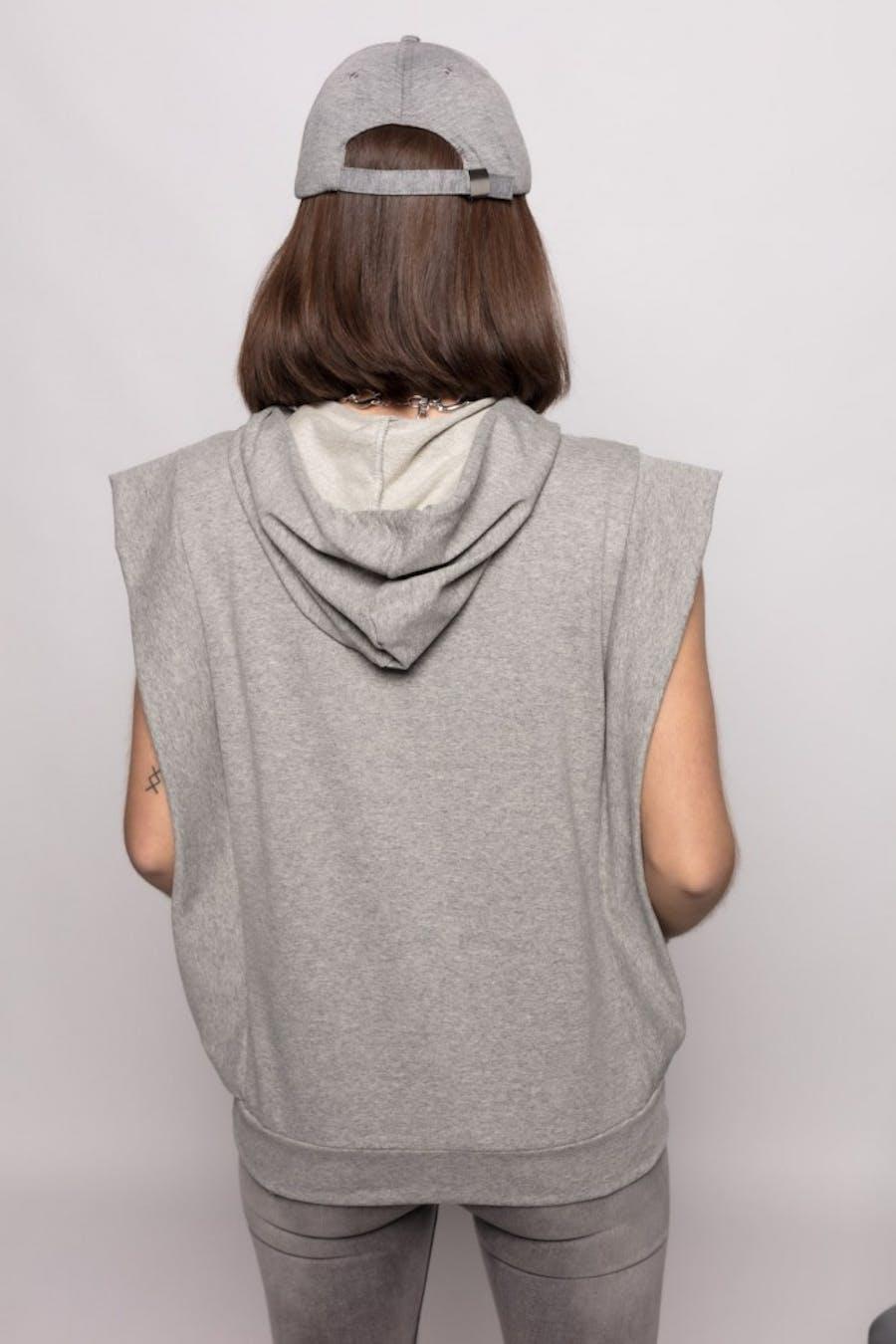 Camiseta Cassual capucha cordón Gris
